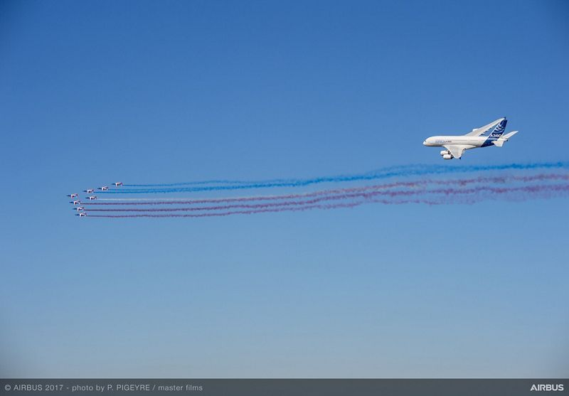 A380-French-Aerobatics-flying-display-presidential-flight-day1-PAS2017-125.jpeg