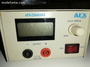 chargeur batteries modelisme