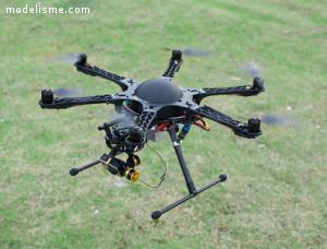 FLYPRO X600 avec DEVO 7 Drone