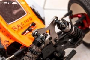 HobbyTech BX8SL - 4x4 Brushless + pièces et accessoires