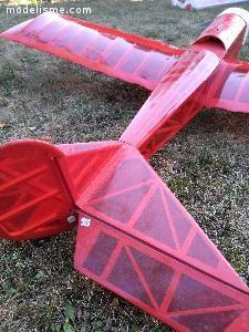 Maquette avion structure bois