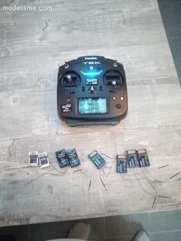 Radio Futaba 6K et récepteur