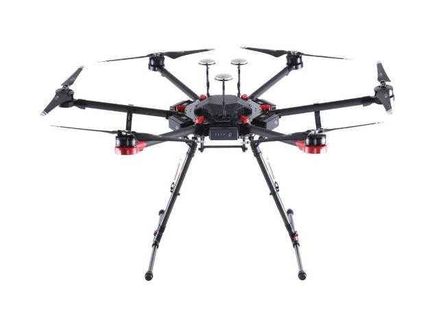 Vends Drone DJI MATRICE 600 Pro homologué S1-S2